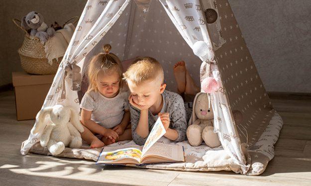 kids-in-teepee-tents